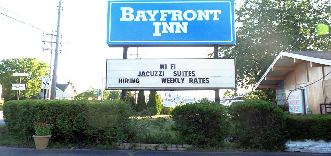 Erie PA Hotels near Waldameer Park   Hotel near Erie